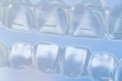 Alinhadores transparentes - alternativa estética à ortodontia convencional