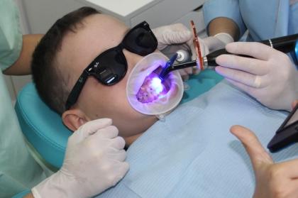 Assistente dentário: Curso de dentisteria, endodontia e odontopediatria (Viseu)