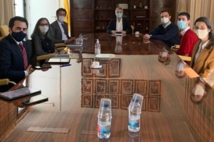 Ensino e profissão: OMD reúne com a FMUC